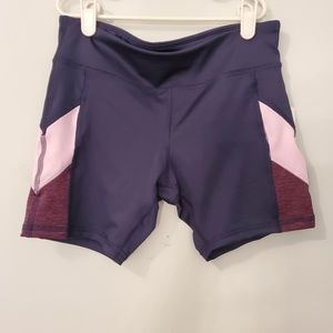 NWT Old Navy active shorts